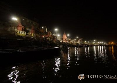 Varanasi ghats by nights by pikturenama --15