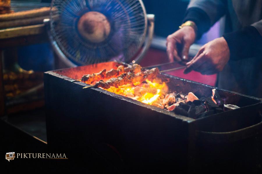 Khayam Chowk Srinagar grilling continues for chicken tikka