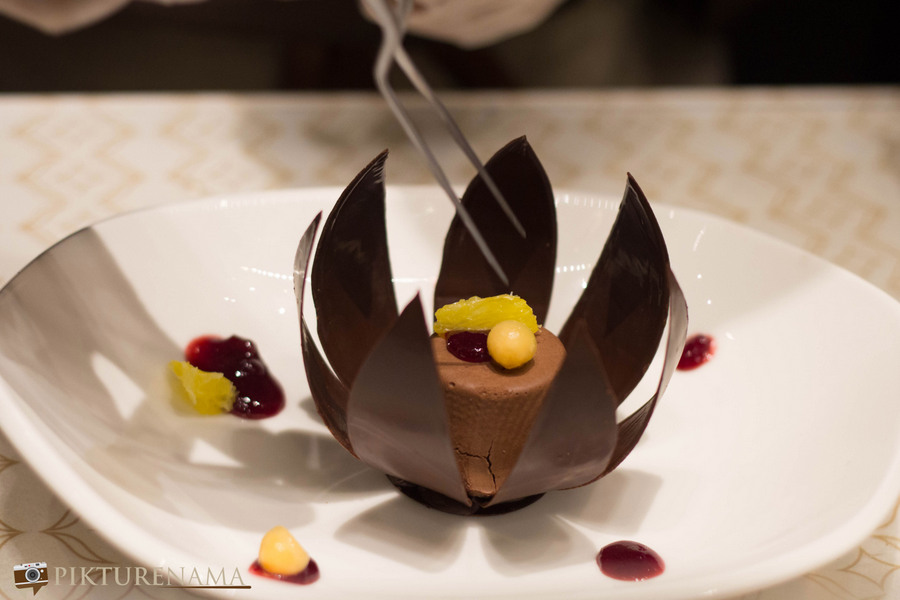 Fabelle by ITC the chocolate flower