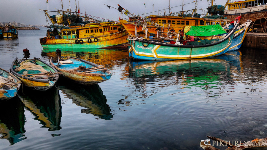 Vizag fishing harbour 11