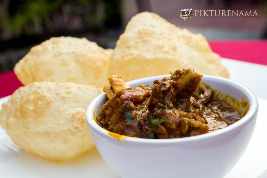 Abcos Food Plaza Kolkata luchi and kosha mangsho