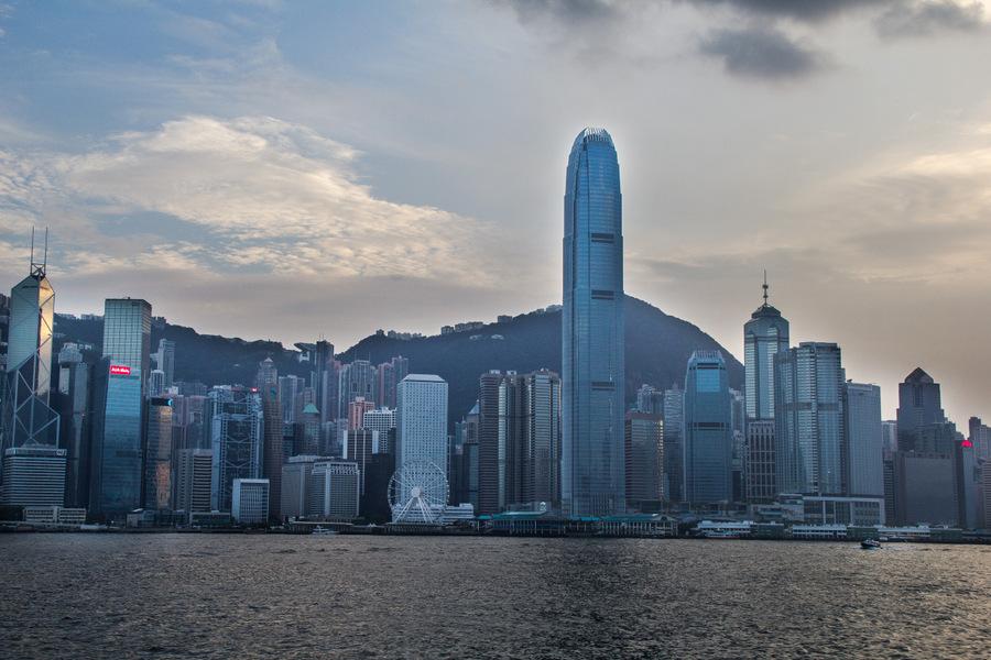 Sunset cruise Hong Kong12