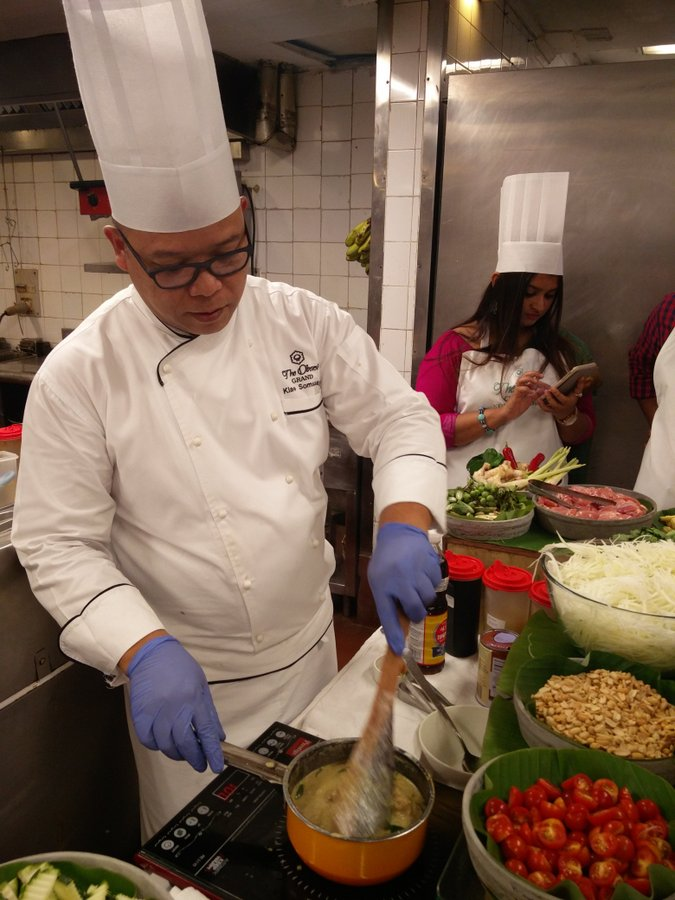Thai Green Curry cooking class 3