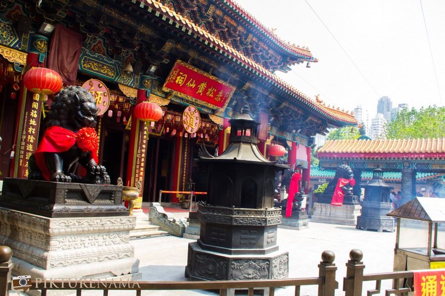 Wong Tai Sin temple HongKong and Man Mo Temple 17