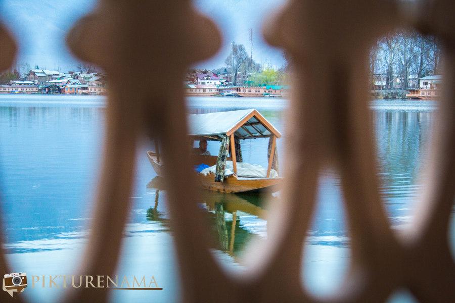 Kashmir Houseboat - 11