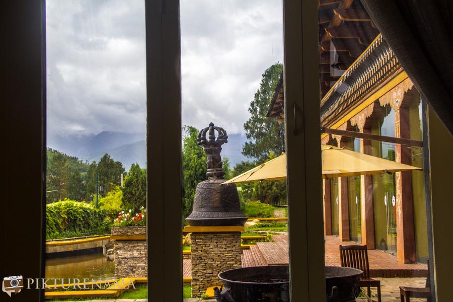 Taj Tashi Thimpu Bhutan view from Thongsel