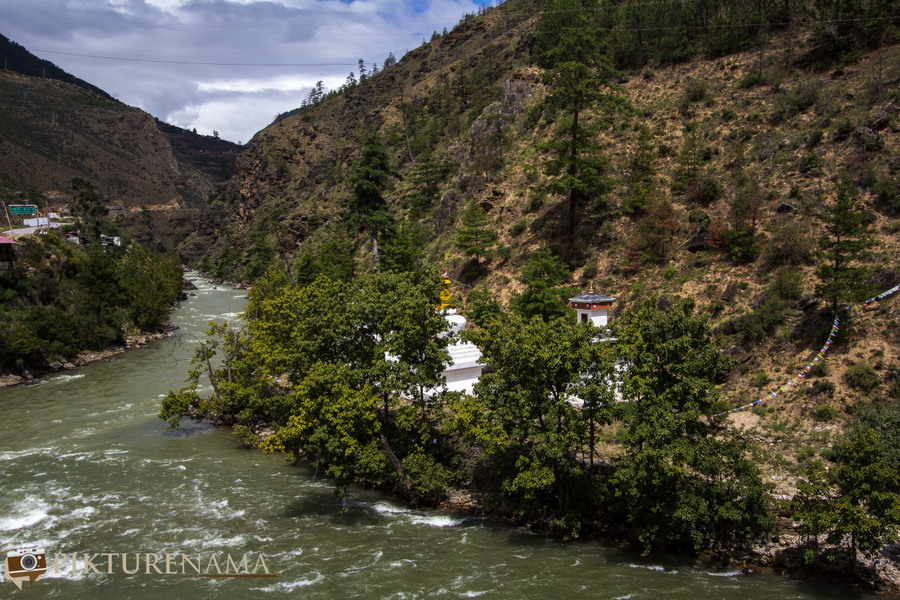 Taj Tashi Thimpu Bhutan Thimpu river
