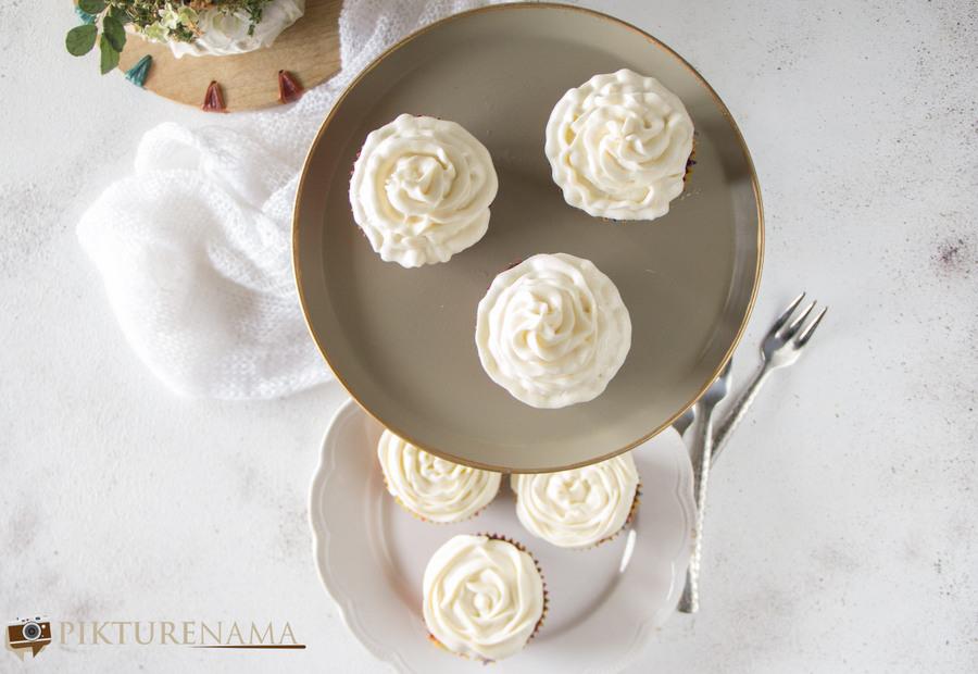 Red Velvet Cupcakes - 9