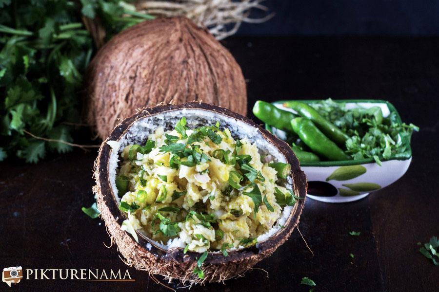 Chingri Makha / Bengali style prawn and onion salad with mustard oil