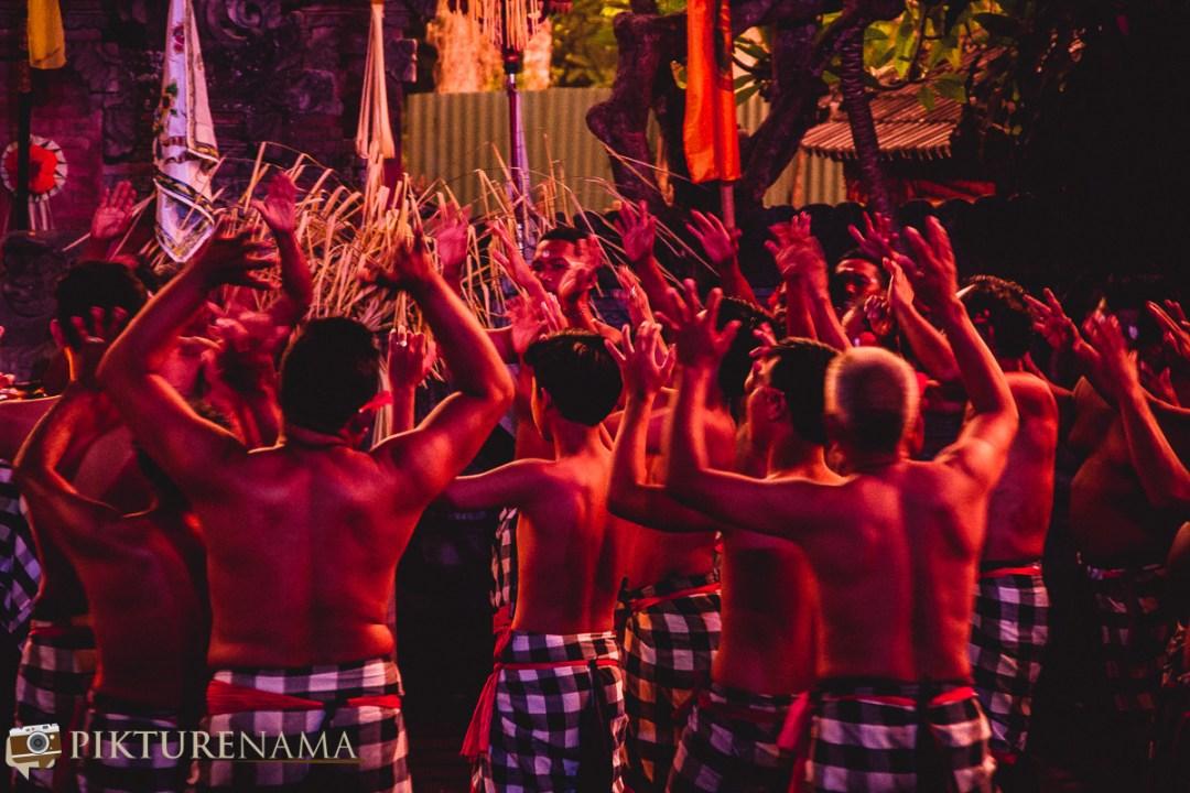 Kecak dance at Batubulan - the dancers