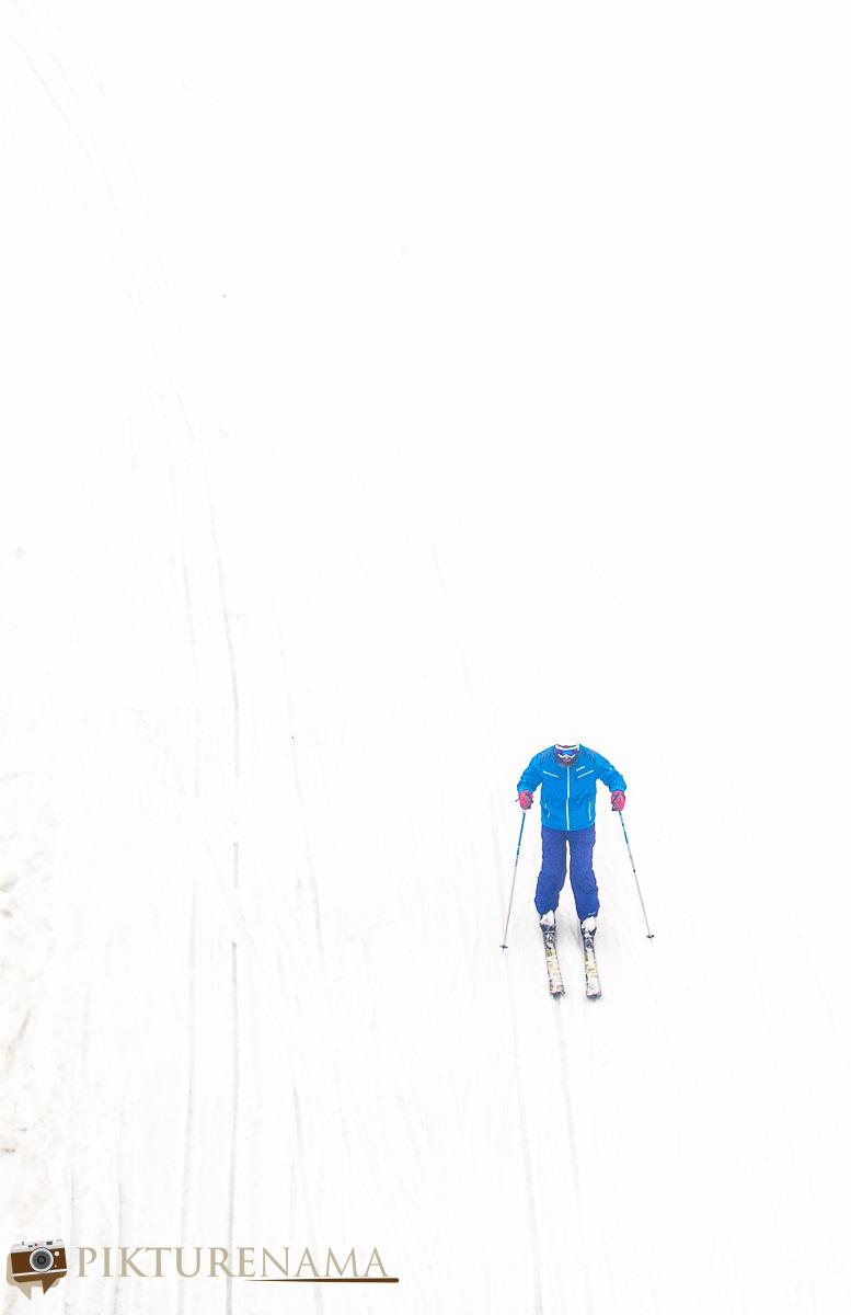 Gulmarg gondola ride the lone skiers
