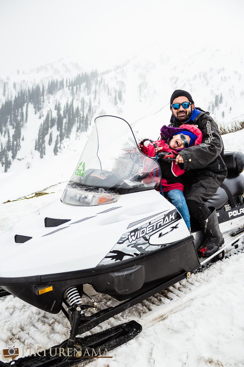 Gulmarg gondola ride family