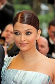 Aishwarya+Rai+2009+Cannes+Film+Festival+Spring+BvN6VR8BcL8l