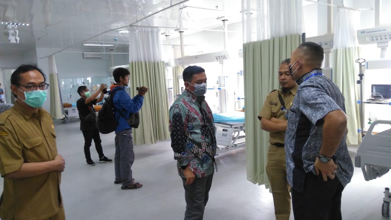 Ketua DPRD Berikan Suport Paramedis RSUD Banten Tangani Covid-19