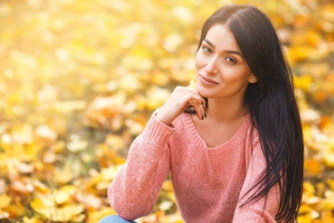 piel-bonita-chica-en-otoño