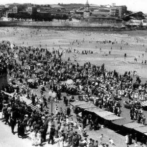 La playa y la Escolerona