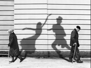 dancing-shadows