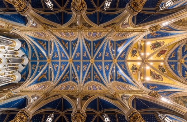 Basilica ceiling (Photo courtesy University of Notre Dame)