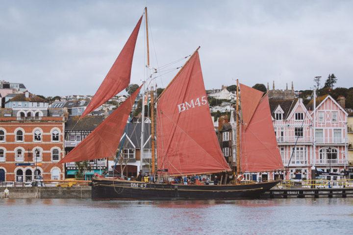 easter holiday sailing Dartmouth