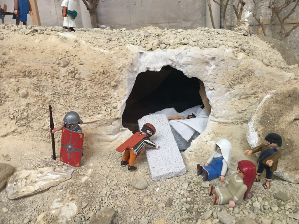 The Easter story in lego in Chalons cathedral