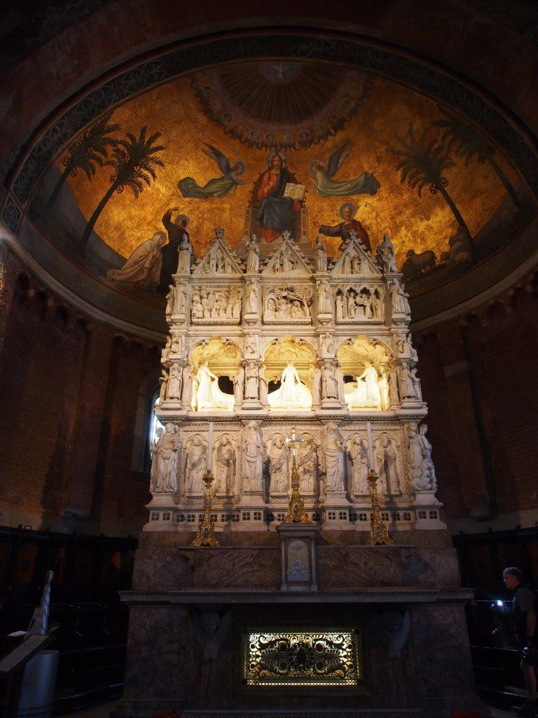 Church of San Pietro in Ciel d'Oro - shrine of St Augustine