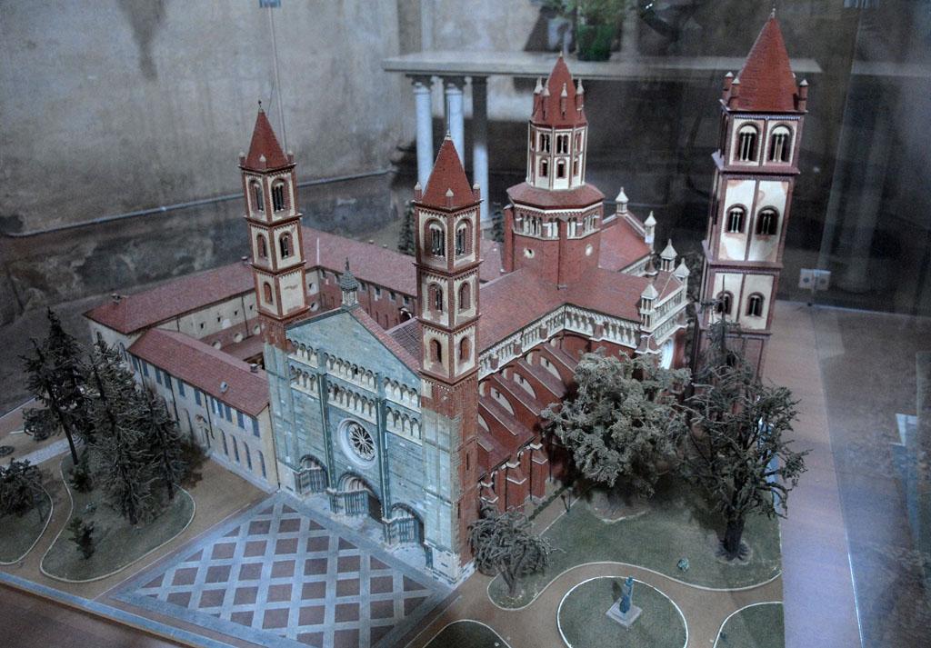 Vercelli Basilica Model