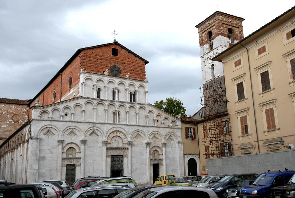 Santa Maria Foris Portam