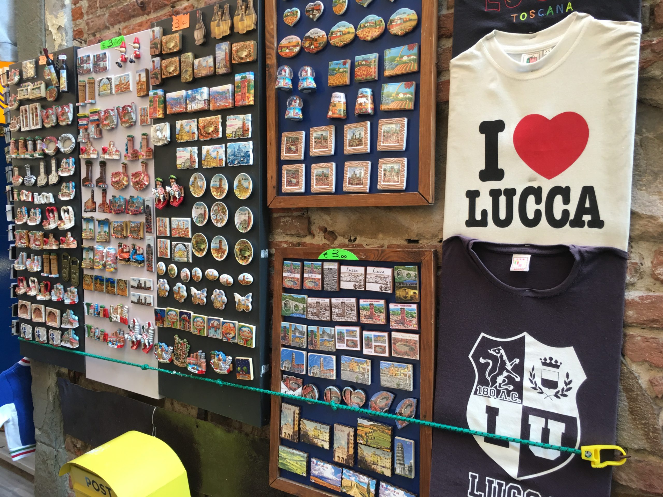 Lucca street