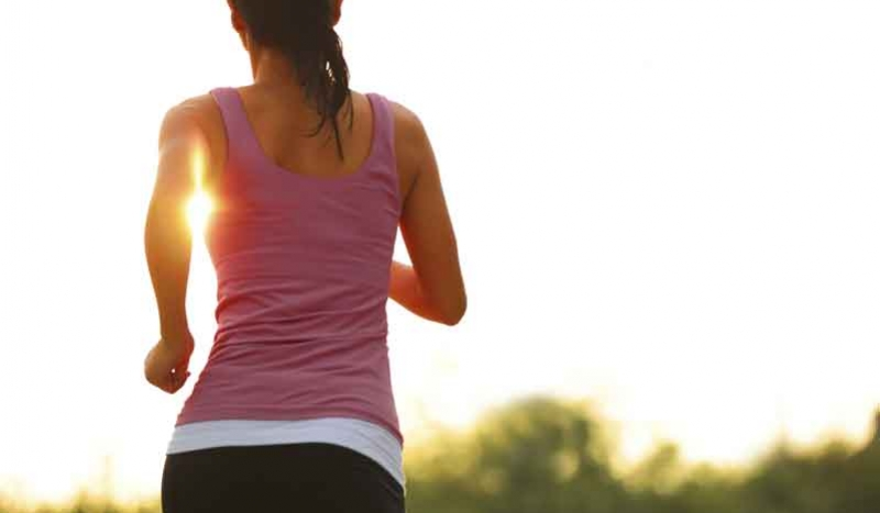correr-chica-sol