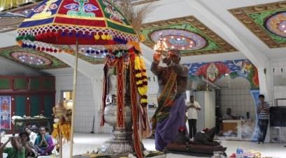 Irandaam Thiruvilaa (Iravu) - Mahotsavam 2014 (27)
