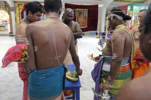 Irandaam Thiruvilaa (Iravu) - Mahotsavam 2014 (35)