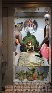 பத்தாம் திருவிழா – தீர்த்தம் (மகோற்சவம் 2014) 25