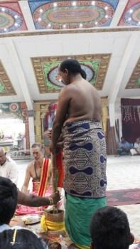 பத்தாம் திருவிழா – தீர்த்தம் (மகோற்சவம் 2014) 109