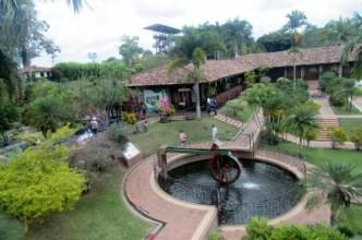 Parque del cafe, Colombia (1) (640x426)