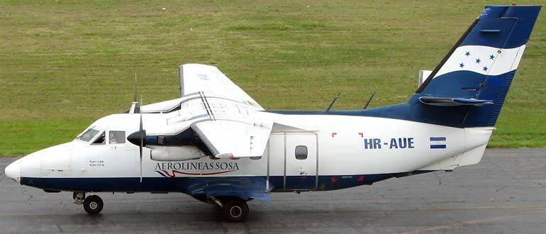 Самолет Let-410