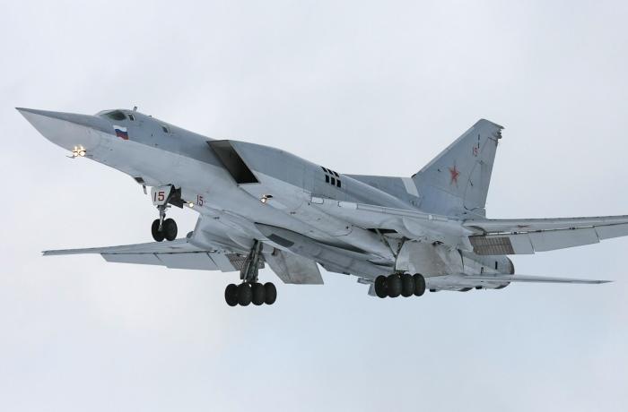 Дальний бомбардировщик Ту-22М