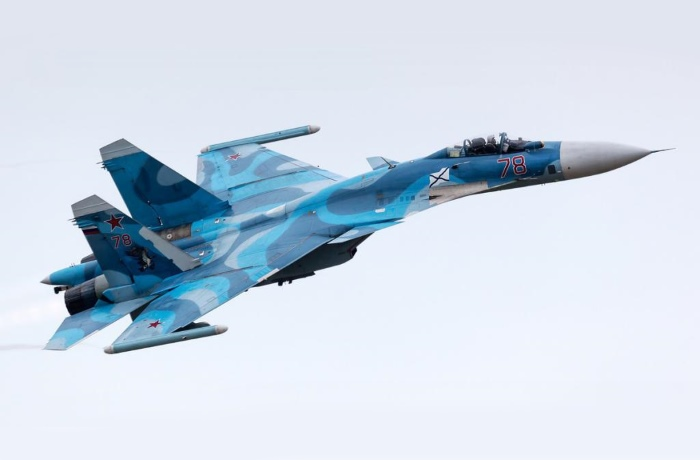 Палубный истребитель Су-33