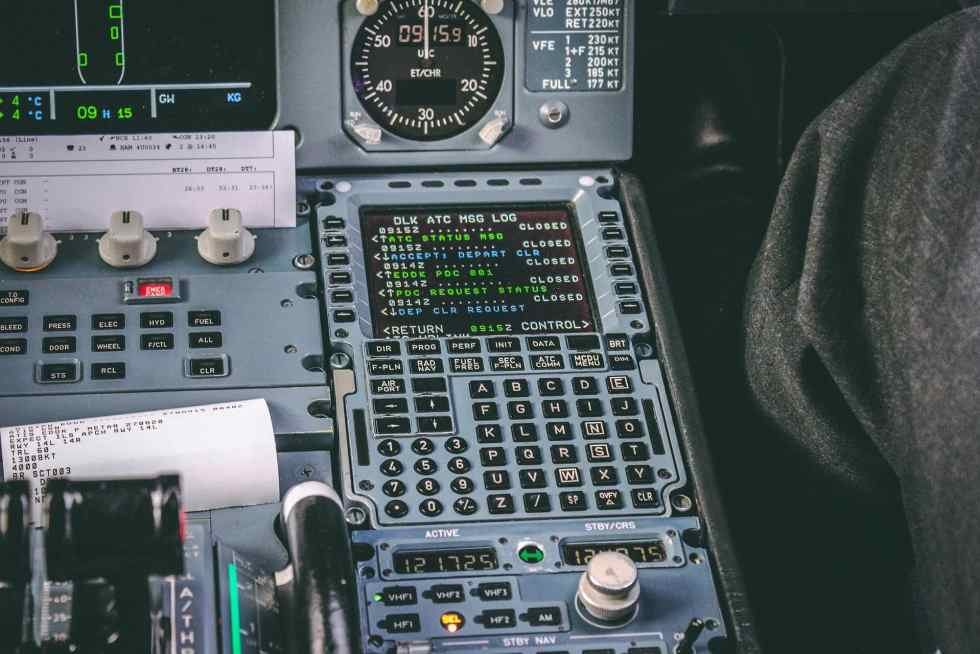 The flight management system of an Airbus A320-200