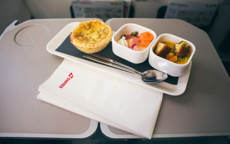 SWISS continental business class snack