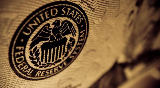 FED sube tasas de interés en 25 puntos base