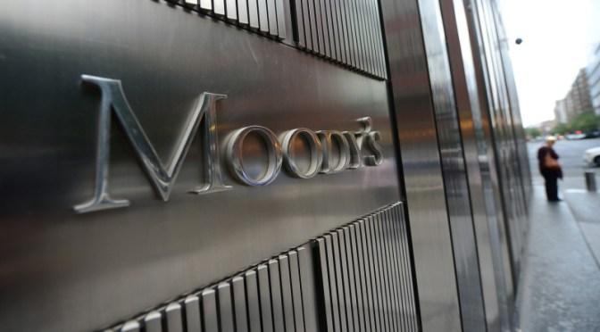Si desaparece el TLCAN México evitaría recesión Moody's