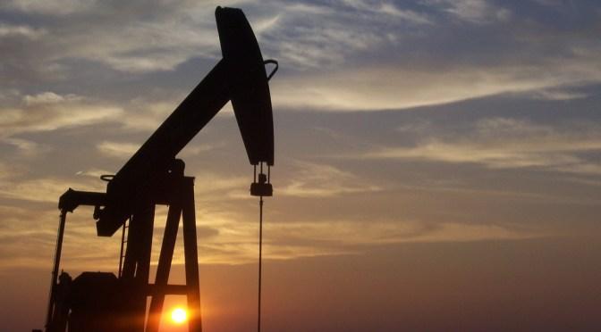Cierra semana petróleo mexicano con retroceso de 30 centavos