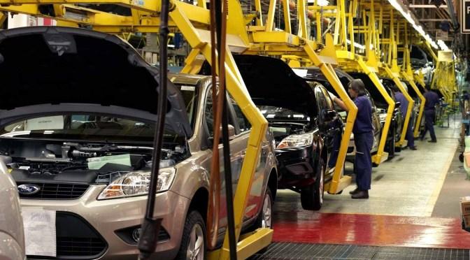 México rompe récord de producción y exportación de autos ante la renegociación del TLC
