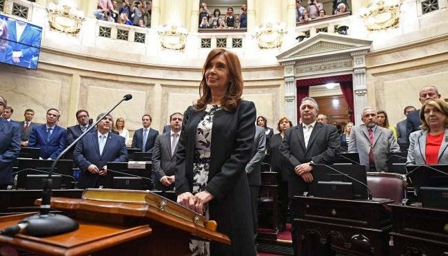 """Pide fiscal juicio oral contra Fernández de Kirchner por """"encubrimiento"""""""