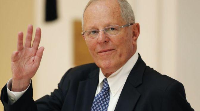 Fracasa intento por destituir a presidente de Perú