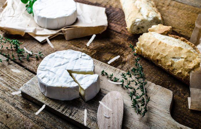 6 quesos franceses que todo hombre y mujer de mundo deben for Guisos franceses