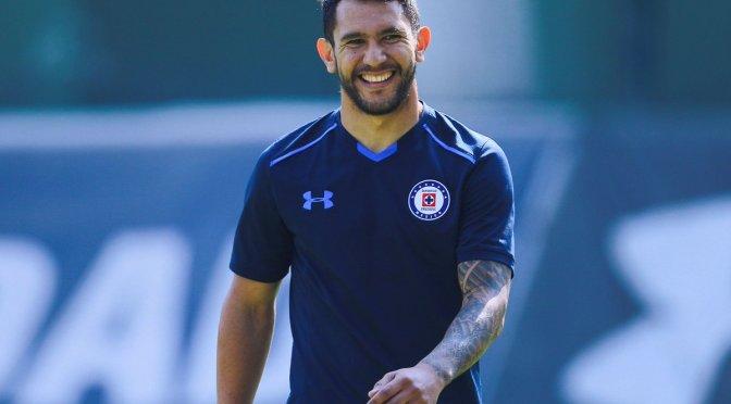 Walter Montoya es presentado como nuevo refuerzo de Cruz Azul