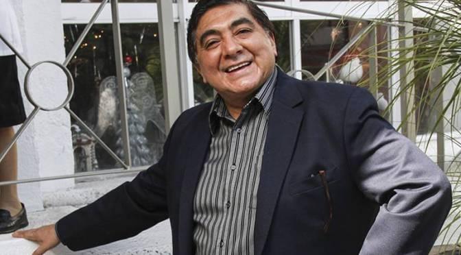 Hospitalizan al actor Carlos Bonavides por tumor en el riñón