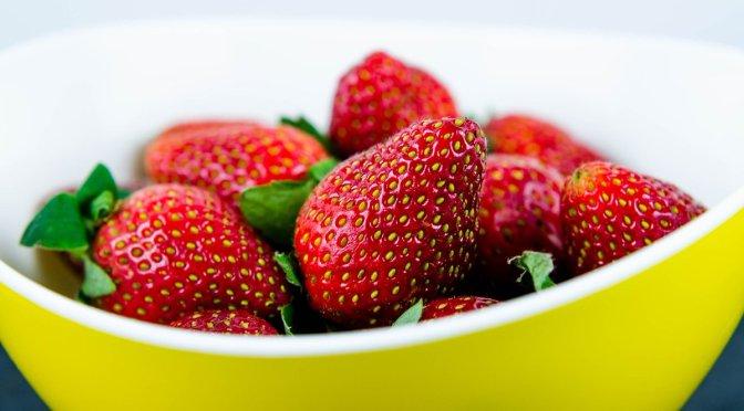 Propiedades de la fresa ayudarían a combatir la oxidación del cerebro