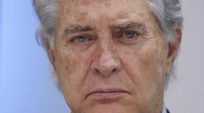 Hospitalizan al actor Rogelio Guerra por problemas en la vesícula